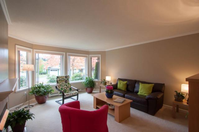 Livingroom Warm Beige Colour Best Paint For Living Room Thecreativescientist Com
